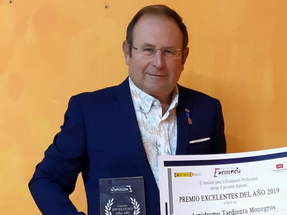 El Aeródromo de Tardienta recibe el premio a la Excelencia Profesional 2019