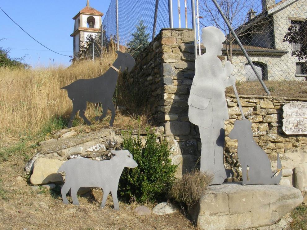 Hostal de Ipiés, homenaje a pastores y juegos aragoneses