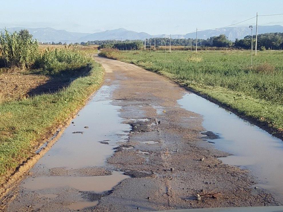 Vecinos de Tabernas y Buñales defienden la mejora de la carretera