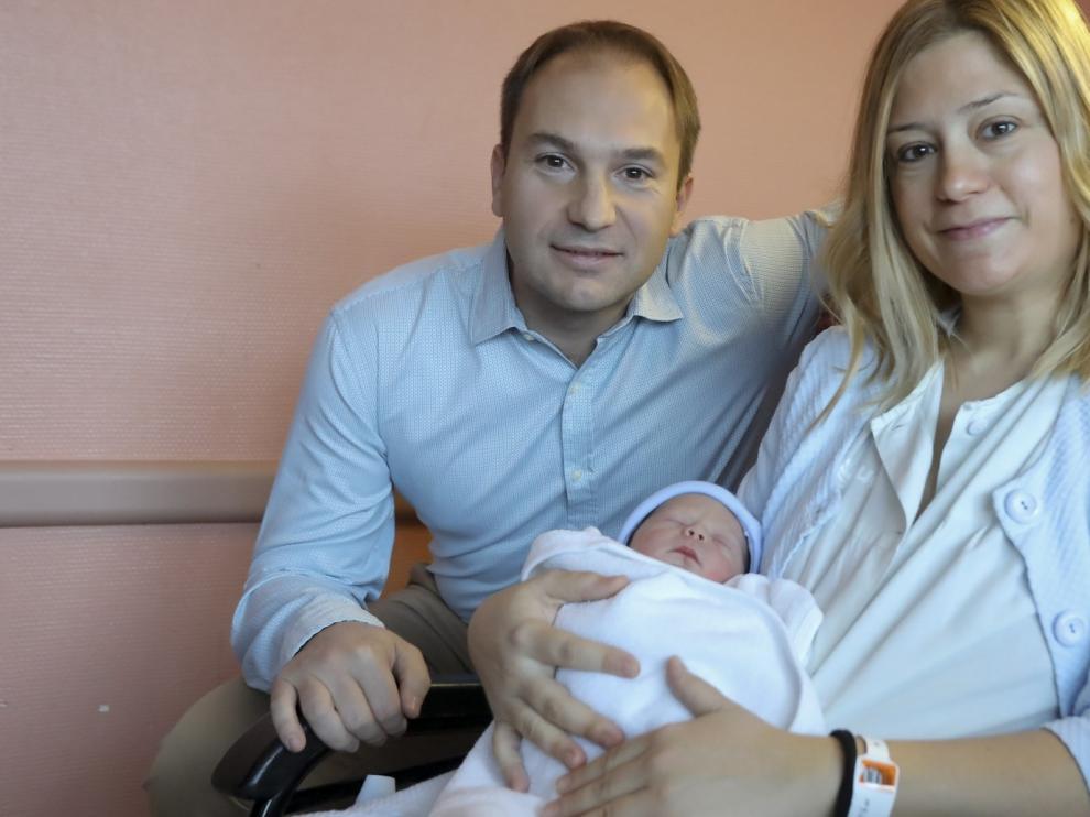 Carlos, el primer bebé de 2020 del Alto Aragón