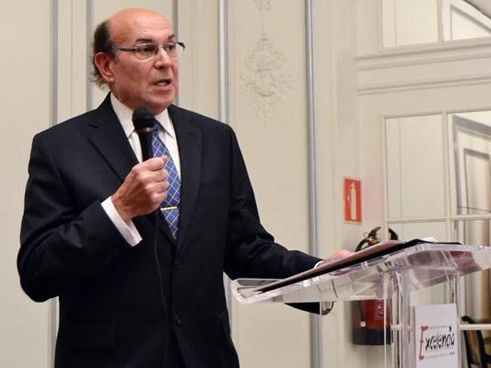 Juan Blanco aspira a presidir a los abogados de España