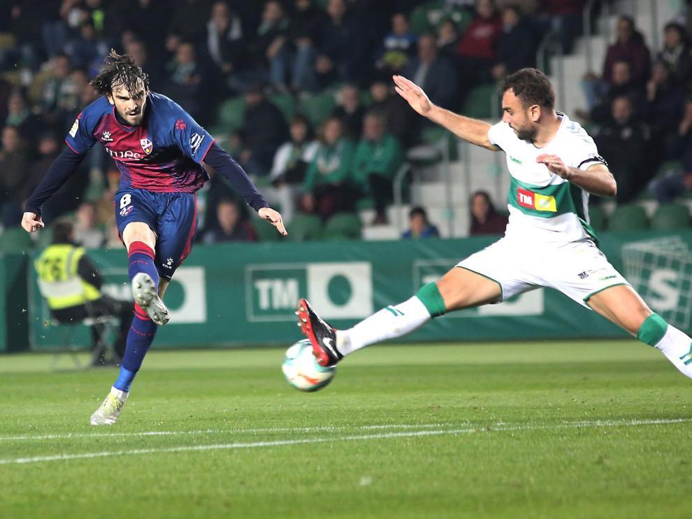 El Huesca encadena cuatro duelos encajando