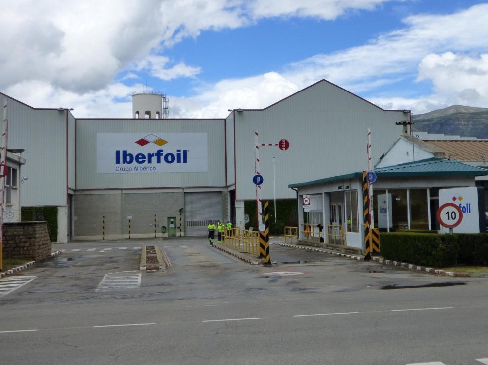 La fábrica Iberfoil de Sabiñánigo activará en primavera una nueva línea de producción