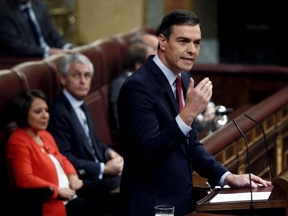 Sánchez pide el voto al Congreso para romper con el bloqueo político