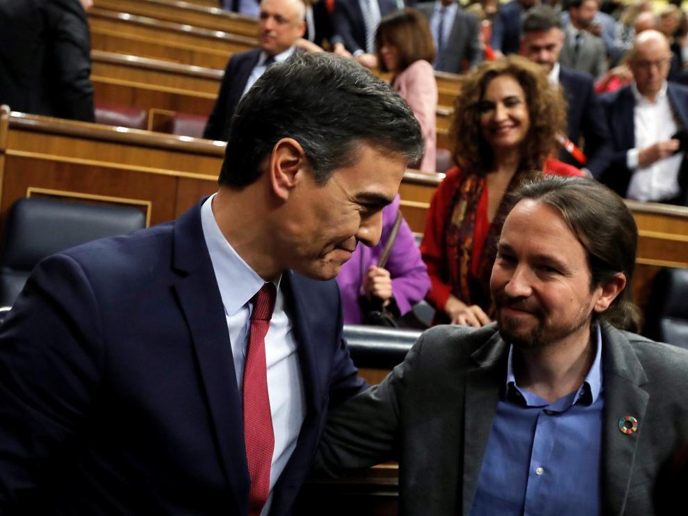 PSOE y Unidas Podemos forman el primer gobierno de coalición de la democracia