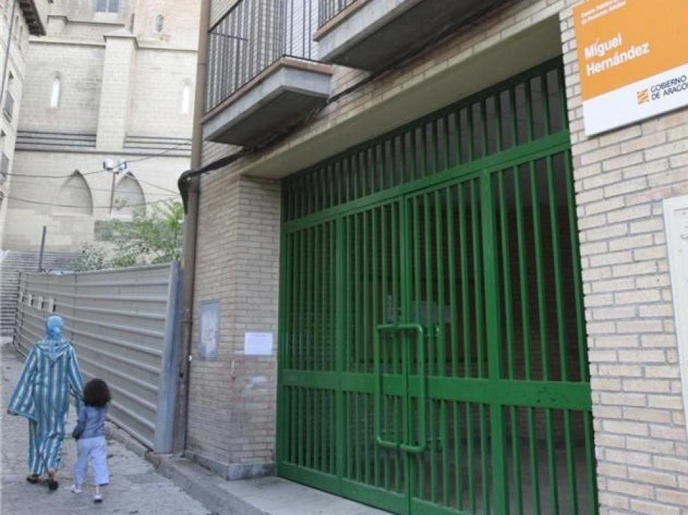 """Abierta la admisión para el segundo cuatrimestre para adultos del """"Miguel Hernández"""" de Huesca"""