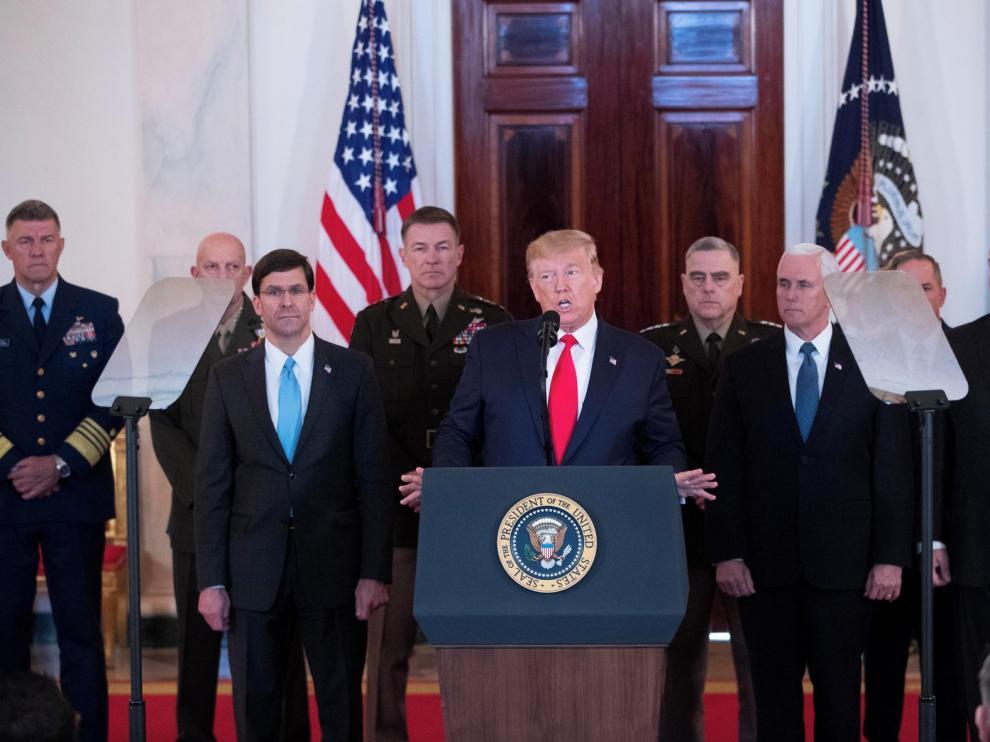 Trump opta por la contención militar tras el ataque a dos de sus bases en Irak