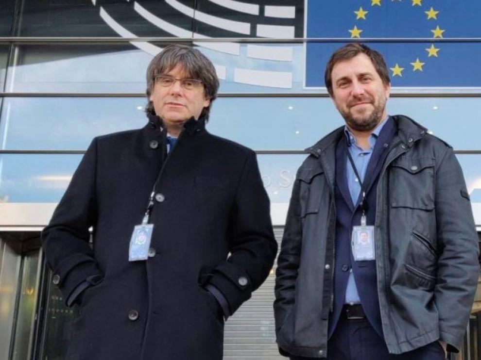 La Eurocámara abonará casi 70.000 euros a Puigdemont y Comín en sueldo atrasado