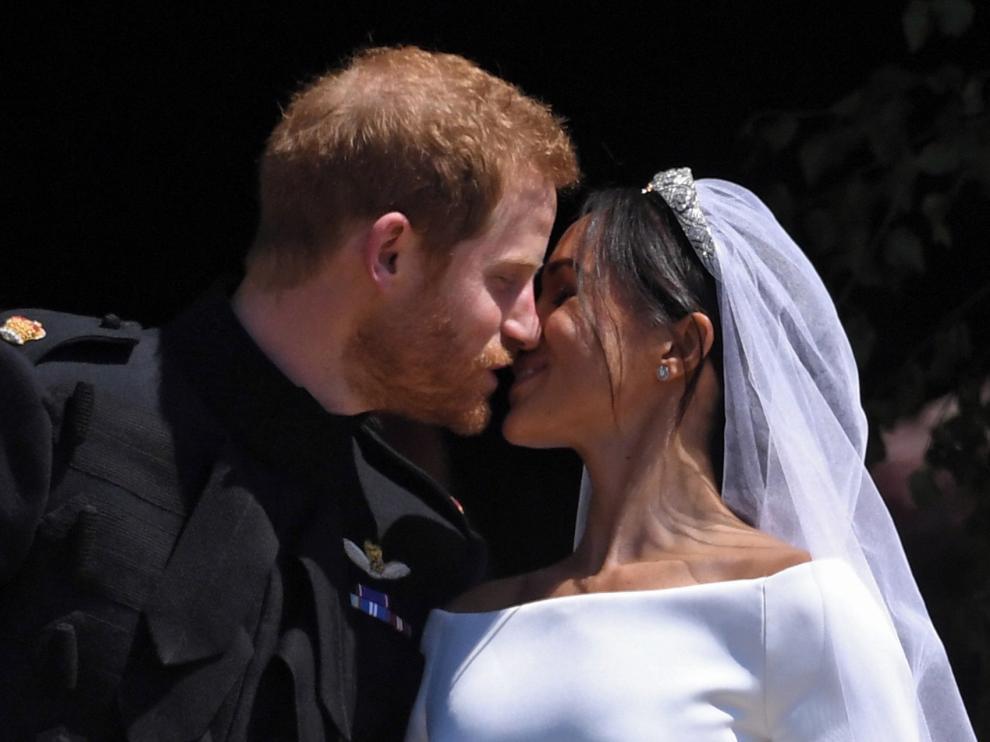 Enrique y Meghan dan un paso atrás como miembros de la familia real británica