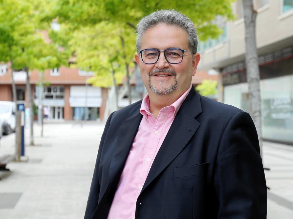 Fernando Carrera sigue al frente del Colegio de Veterinarios de Huesca