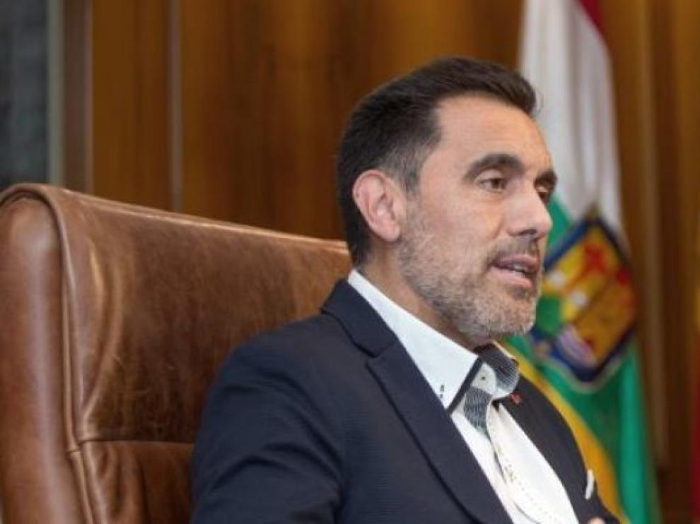 """El presidente de La Rioja defiende poder """"opinar"""", tras sus palabras sobre el Rey"""