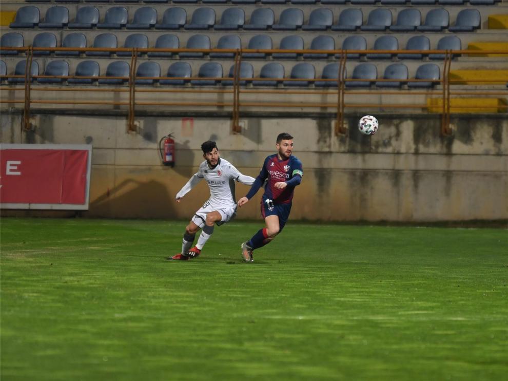 """Javi Galán: """"Ahora nos centramos en la liga y en conseguir el ascenso"""""""