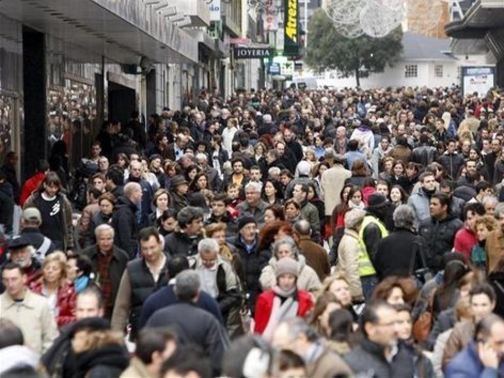 La mitad de los españoles cree que empeorará la economía
