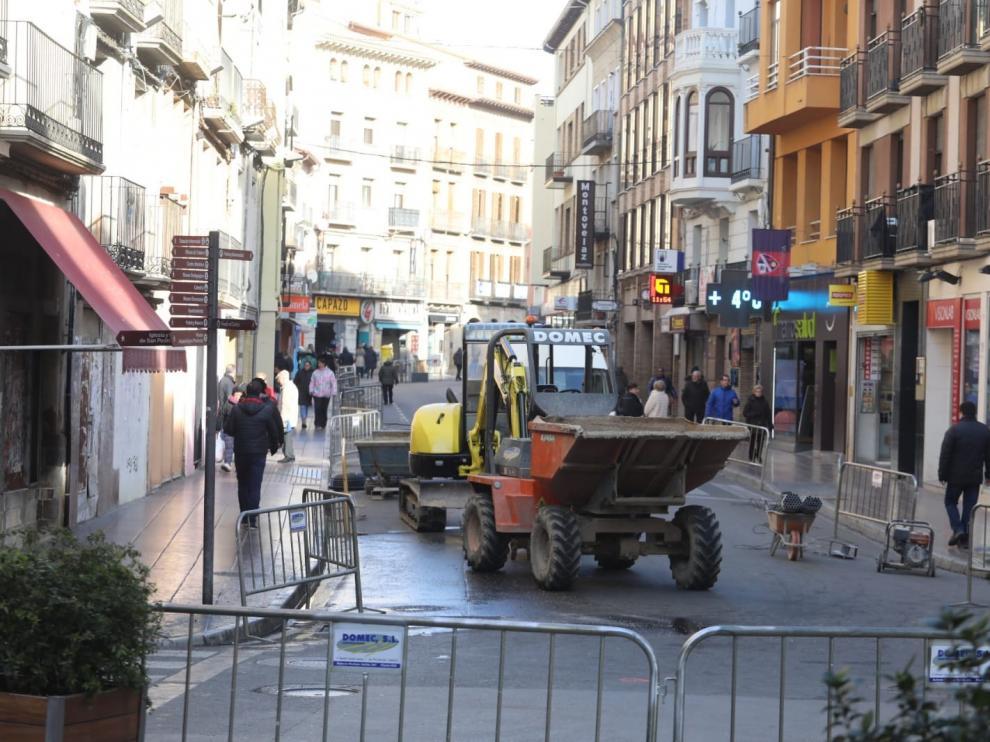 Ya están en marcha las obras en el Coso Bajo de Huesca
