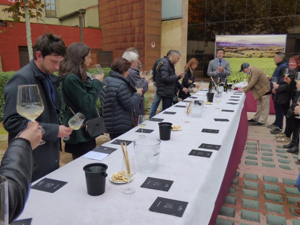 """""""Barbastro, Ciudad del Vino"""" en el stand de Aragón en Fitur"""