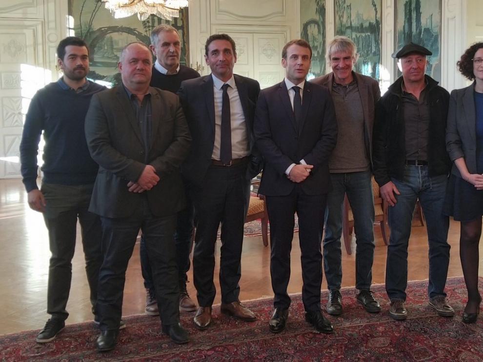 Satisfacción por el anuncio de Macron sobre los osos