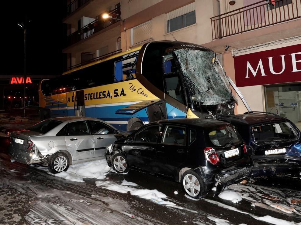 Mueren dos niños de 5 y 8 años en un accidente múltiple en Estella (Navarra)
