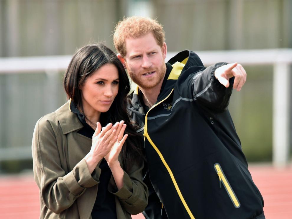 Enrique y Meghan pierden sus títulos monárquicos