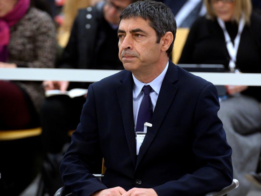 """Trapero asegura que no tenía una """"relación estrecha"""" con Puigdemont"""