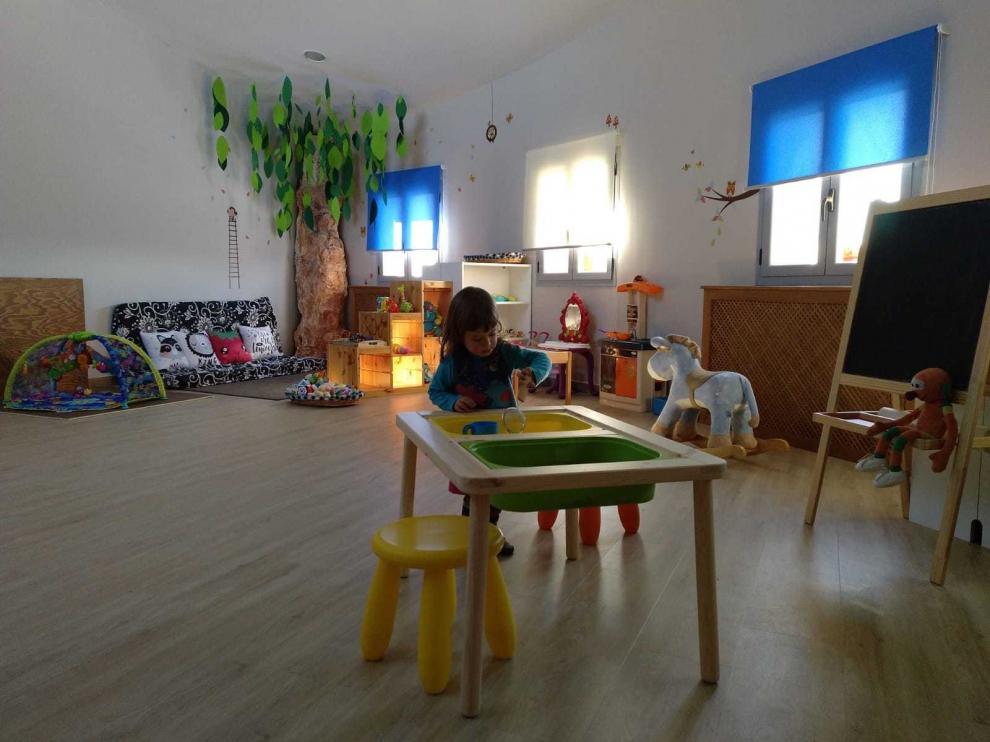 """Abiego estrena casa canguro con cinco niños gracias a su particular """"baby boom"""""""