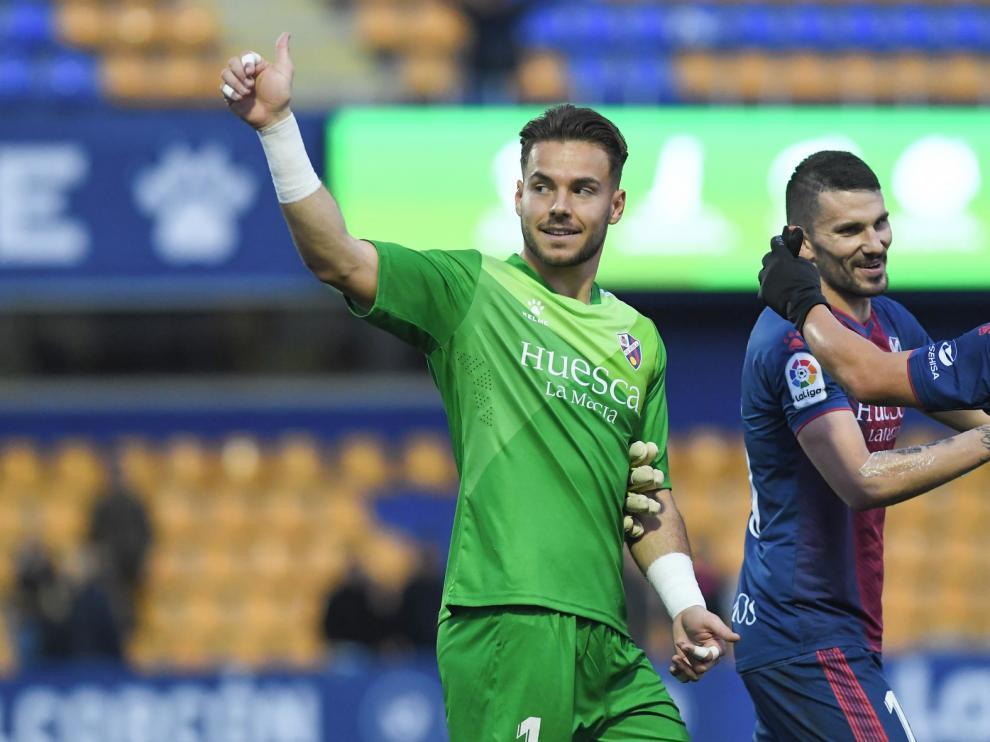 El Huesca lleva seis partidos ligueros sin poder echar el cerrojo