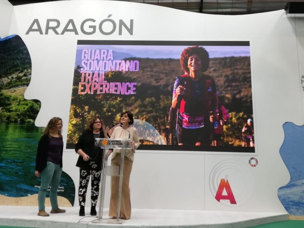 Miles de personas pasan por el estand de Aragón en Fitur 2020