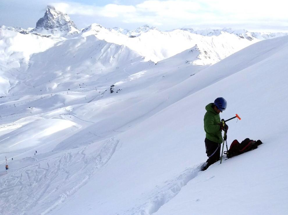 Aumenta el riesgo de aludes en el Pirineo tras las nevadas