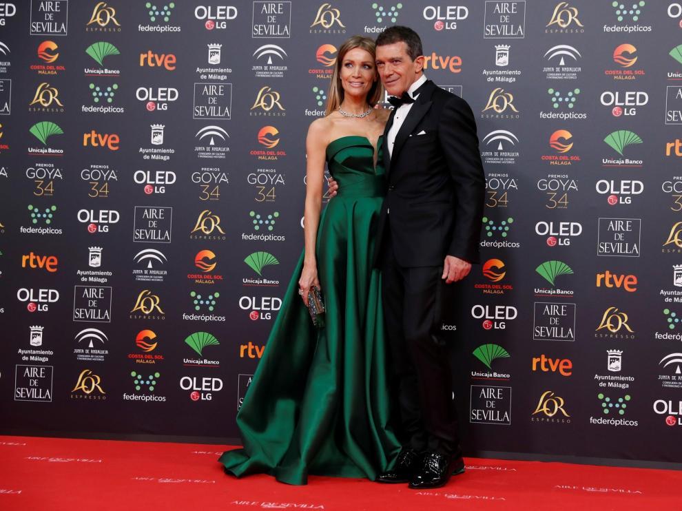 Los invitados desfilan por la alfombra roja de los Goya y piden a Sánchez más apoyo a la cultura y al cine
