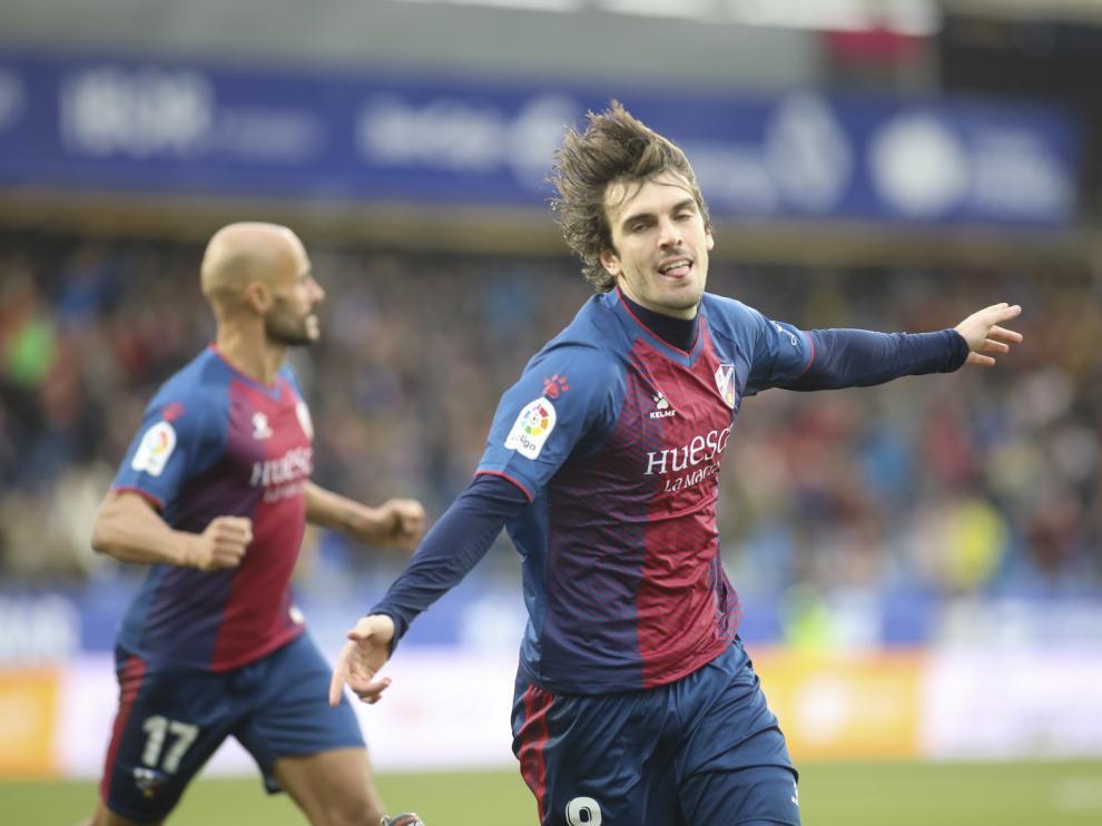 TODAS LAS IMÁGENES del partido Huesca-Lugo con victoria para los oscenses