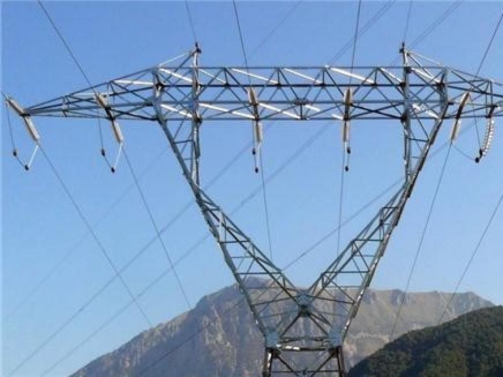 Nuevo apagón de luz para 400 vecinos de casi cuatro horas en varios núcleos de Aínsa