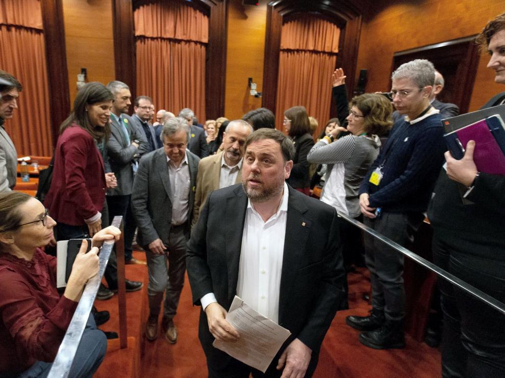 """Los políticos presos regresan al """"Parlament"""" 823 días después"""