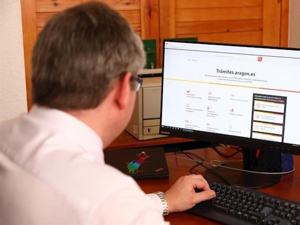 La sede electrónica del Ayuntamiento de Huesca registra cerca de 350 trámites online no relacionados con el coronavirus