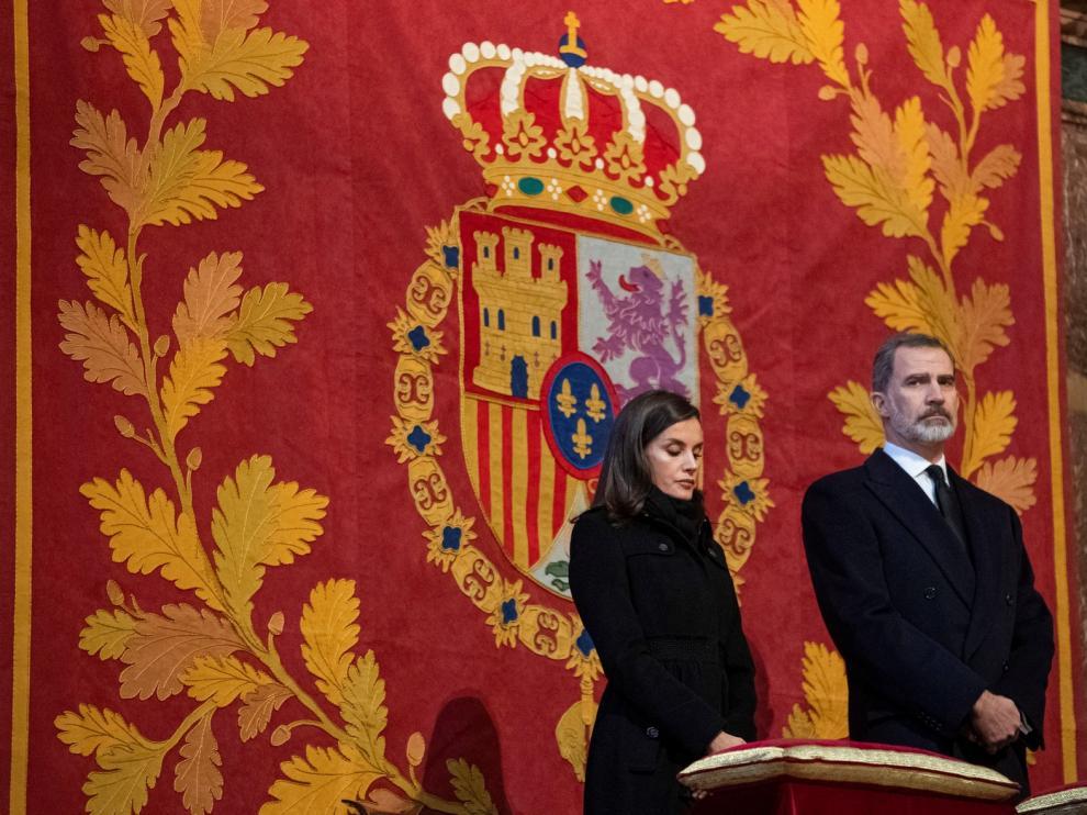 """Los Reyes presiden el funeral de Doña Pilar, Infanta """"orgullosa"""" de su hermano por la reconciliación de los españoles"""