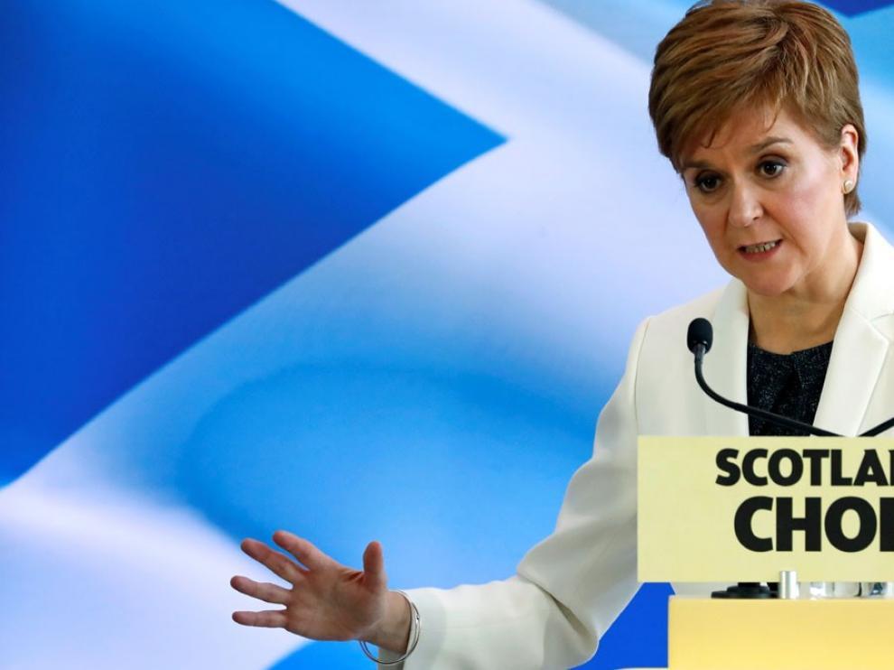 """Sturgeon aboga por buscar sin """"atajos"""" un nuevo referéndum en Escocia: """"Debe ser legal y legítimo"""""""