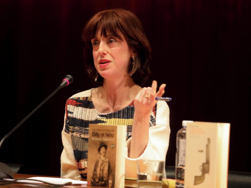 """Irene Vallejo: """"En esta novela Sender trasladó sus recuerdos de la Guerra"""""""