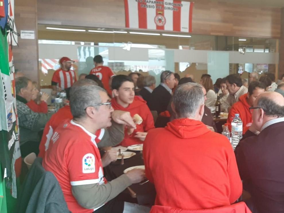 Último día de los abonados de Huesca para pedir su compensación