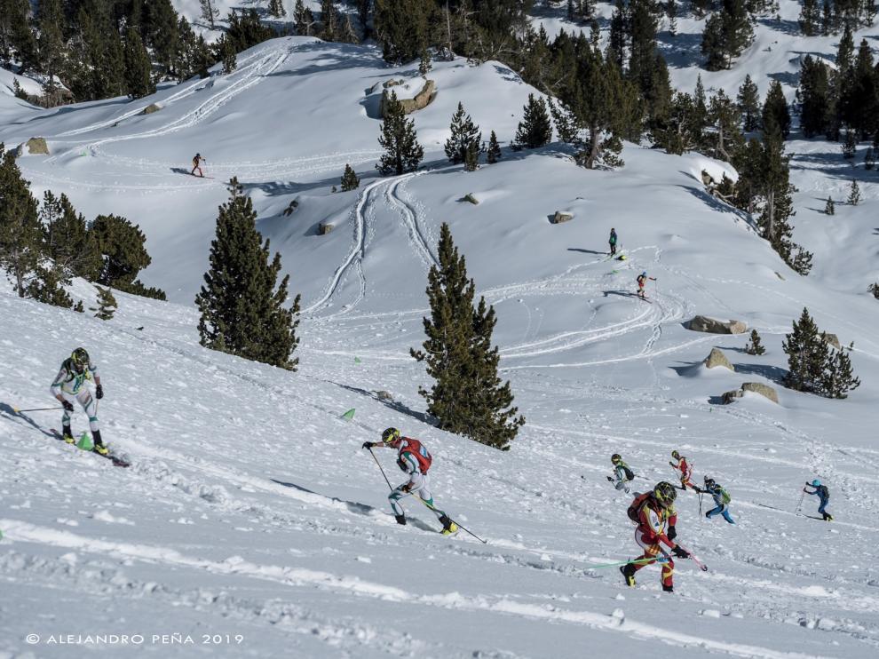 Panticosa acoge la Travesía del Club Montaña Pirineos