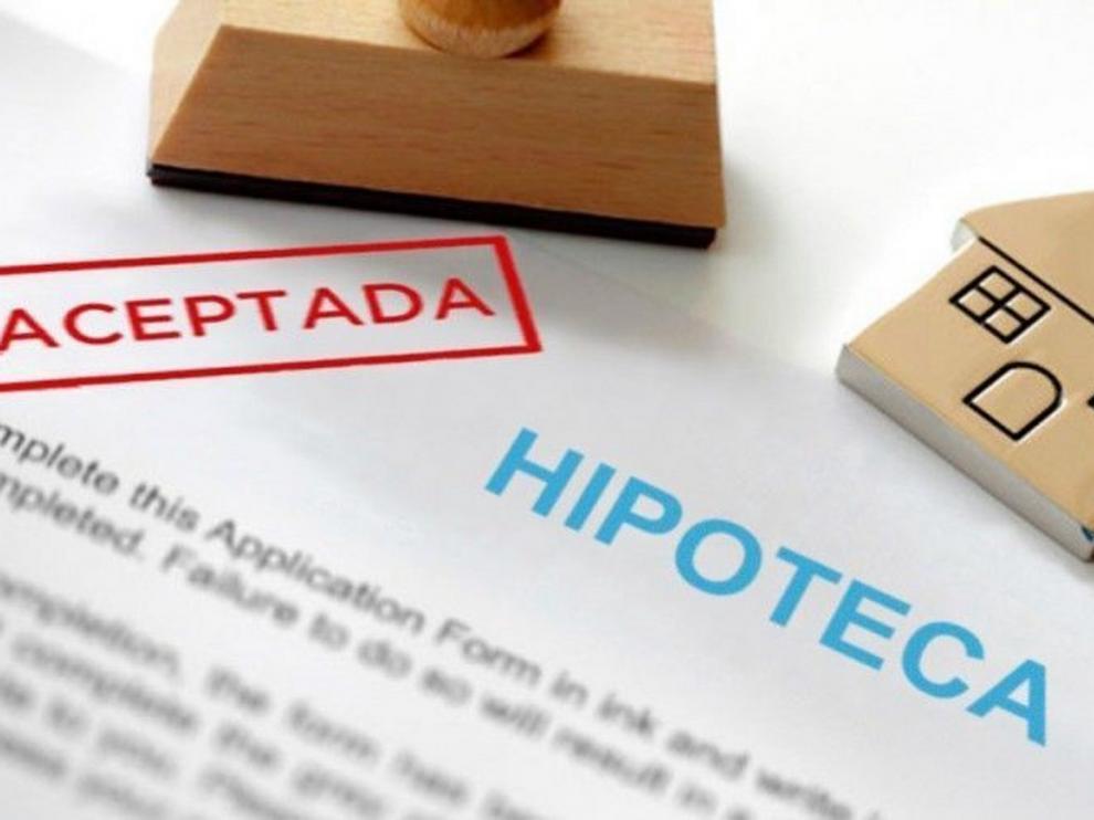El Supremo confirma el reparto de gastos hipotecarios si hay cláusula abusiva