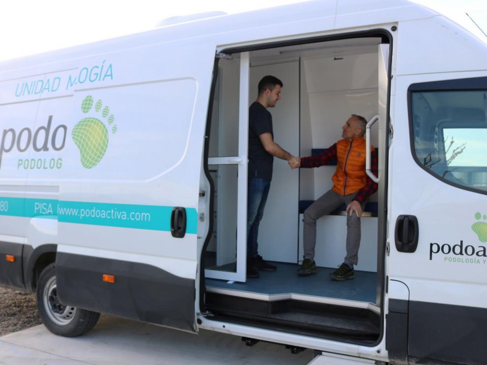 Podoactiva estrena su nueva Unidad Móvil para seguir acercando el cuidado del pie al medio rural de Aragón