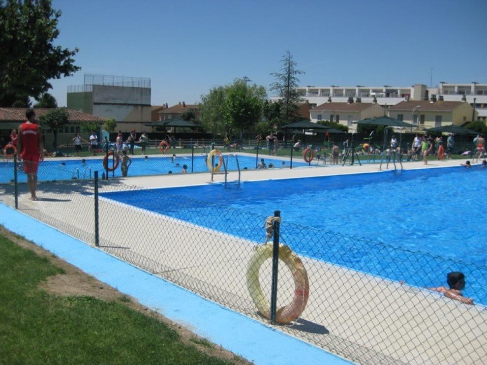 El Pleno Municipal de Almudévar aprueba estudiar y valorar la desinfección de las piscinas mediante cloración salina
