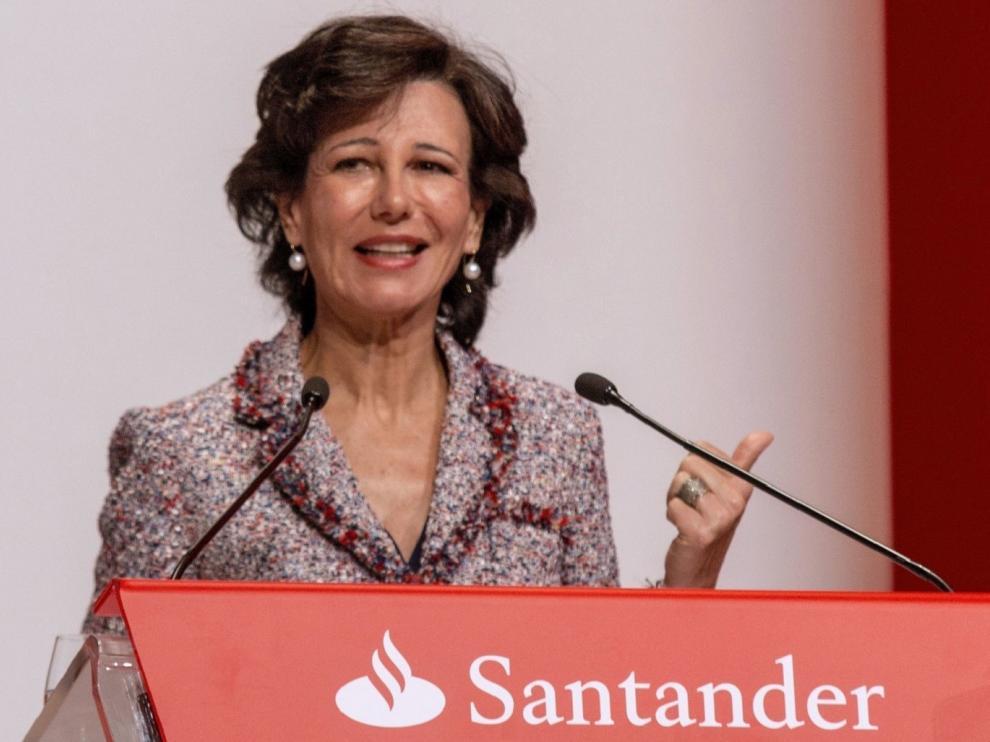 Ana Botín fue reelegida presidenta del Santander con el 98,3% de los votos