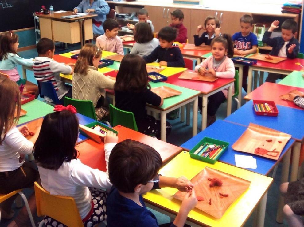 """La Escuela Pública muestra su  """"decepción"""" por la ratio en 3 años"""
