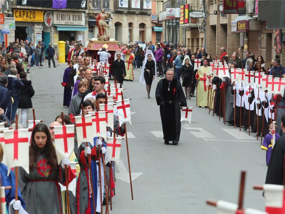 """La Archicofradía de la Vera Cruz suspende con """"pesar"""" la Semana Santa de Huesca"""