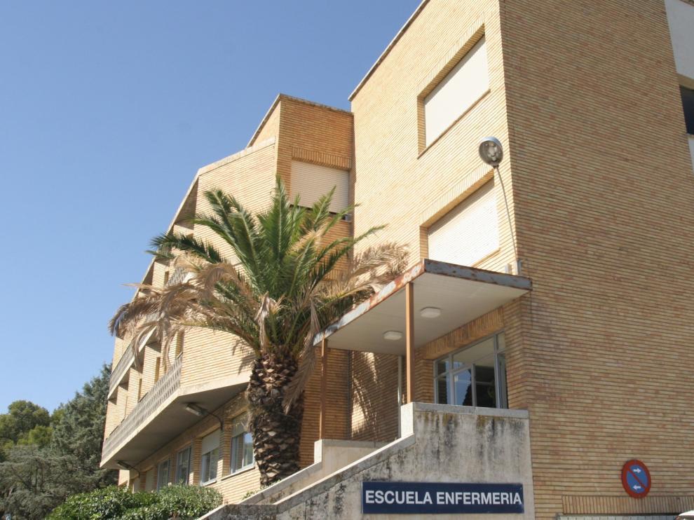 La Escuela de Enfermería de Huesca celebra, simultáneamente, el año internacional y el día de la Enfermería, y su 50 aniversario