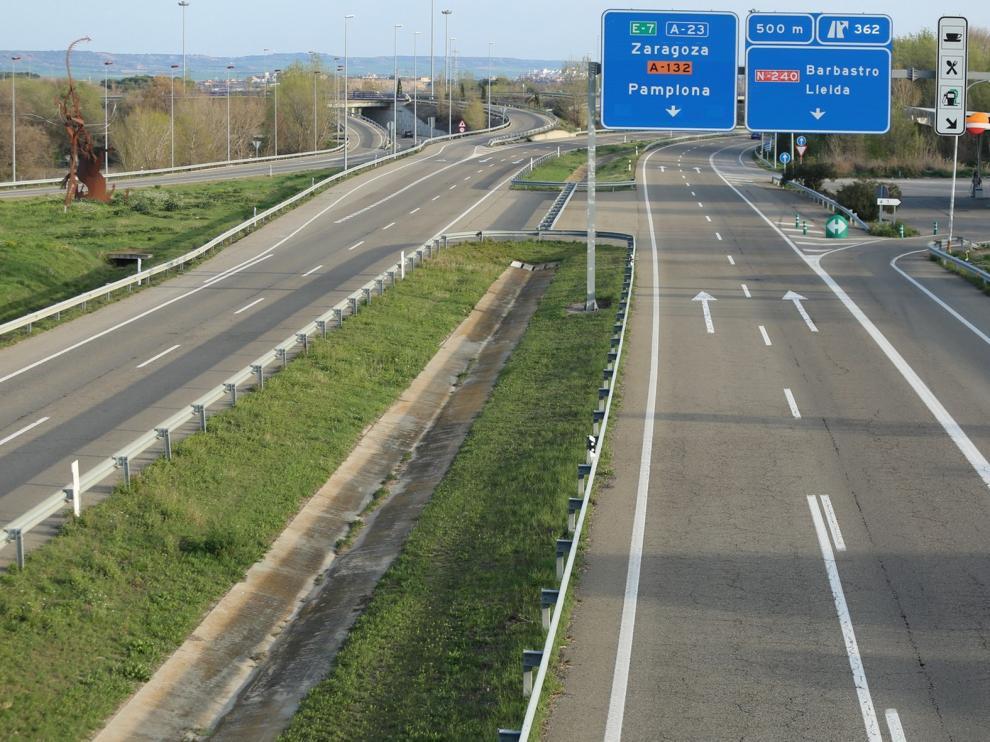 Carreteras vacías en la provincia de Huesca por el coronavirus aunque aún hay quien acude a su segunda residencia