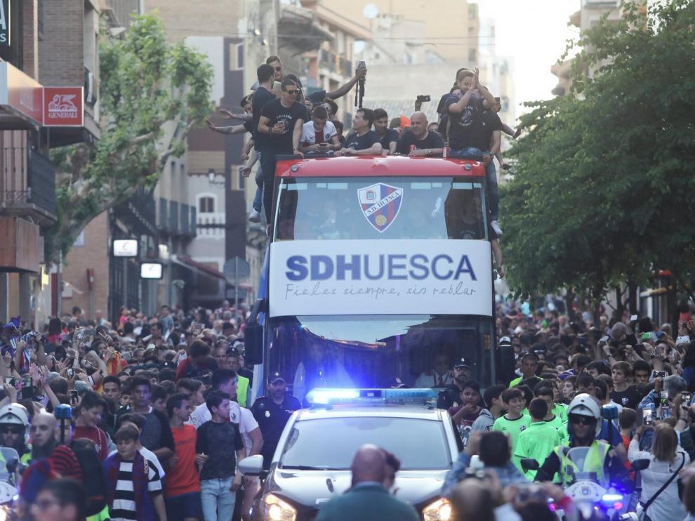 Ayuntamiento y Subdelegación preparan un dispositivo contra aglomeraciones por si el Huesca ascendiera a Primera