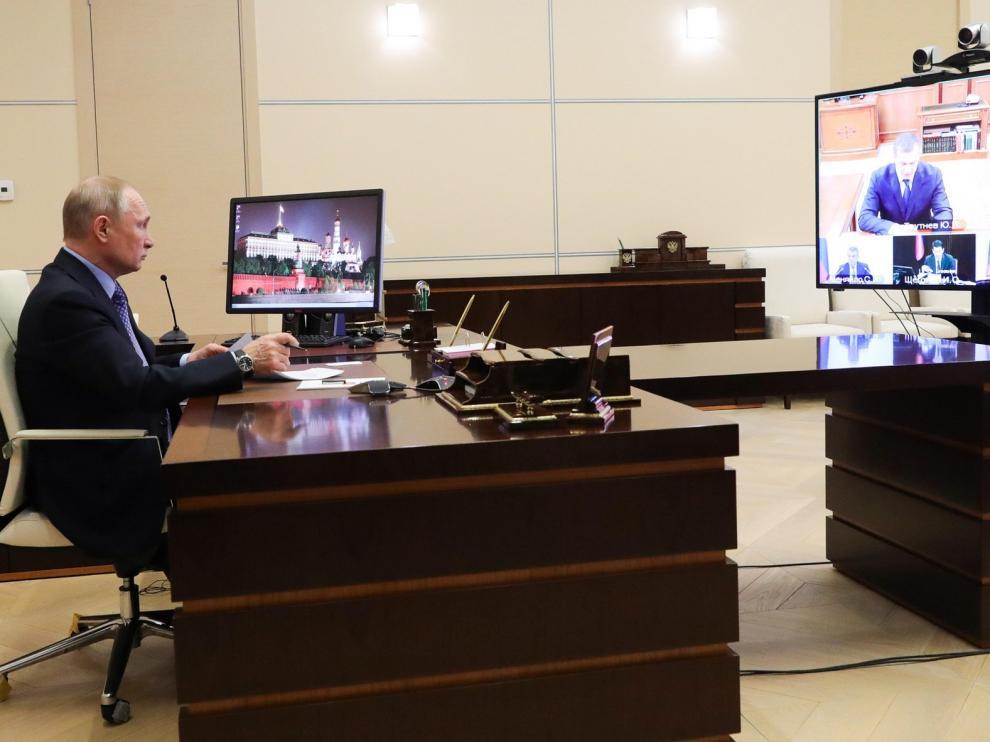 Putin se pasa al teletrabajo tras estar en contacto con un médico infectado de coronavirus