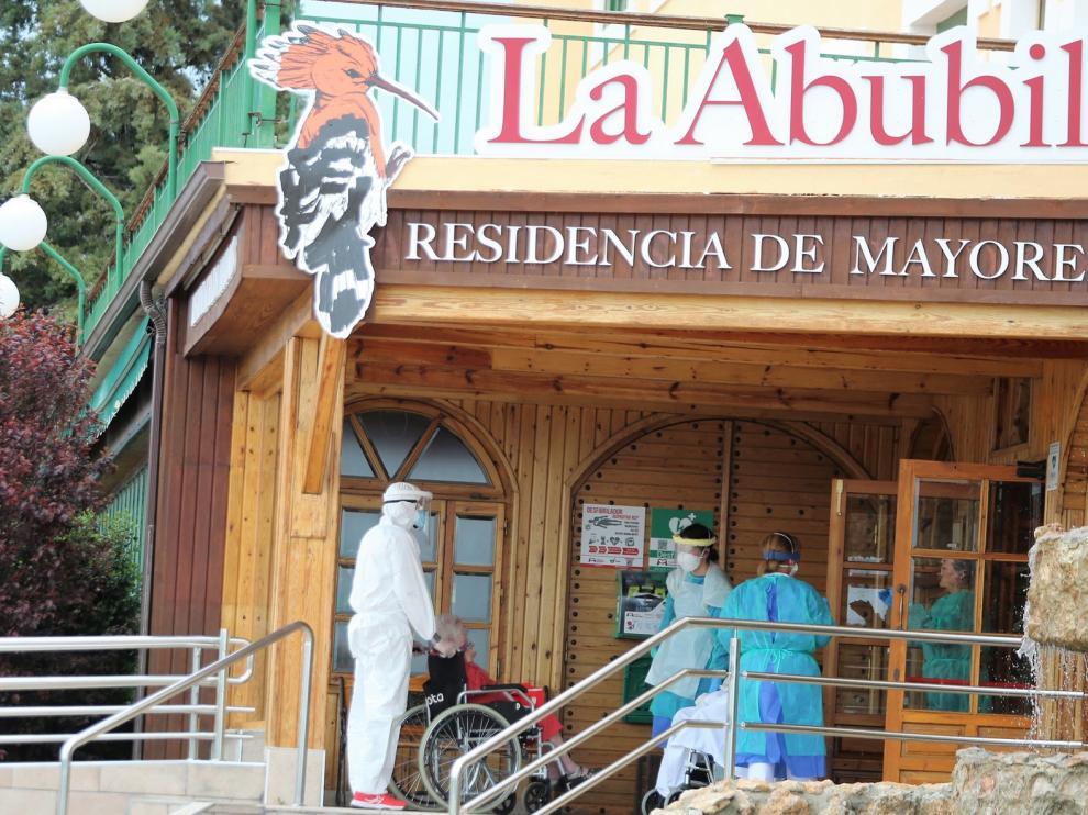 Trasladan a La Abubilla tres residentes de Campo con positivo en coronavirus