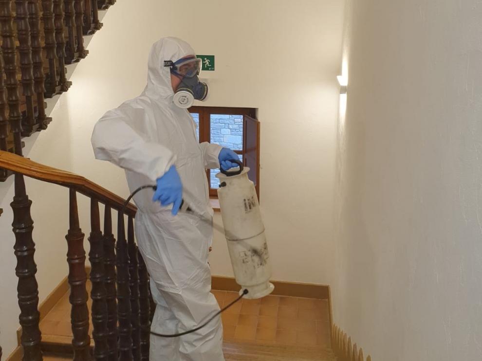 Una donación permitirá la desinfección de los edificios públicos de Biescas en la lucha contra el coronavirus