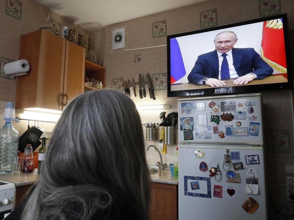 Vladimir Putin fija como no laborable el mes de abril para contener la propagación del coronavirus